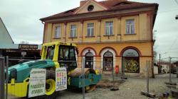 Mnichovo Hradiště, revitalizace náměstí, 10. 4. 2021. Foto: Petr Novák