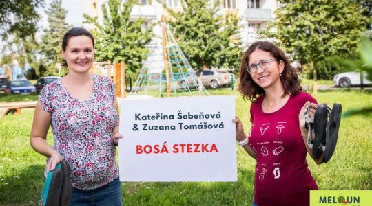 Zuzana Tomášová & Kateřina Šebeňová: Bosá stezka. Foto: Lucie Velichová