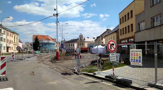 Mnichovo Hradiště, revitalizace náměstí, 16. 5. 2020. Foto: Petr Novák