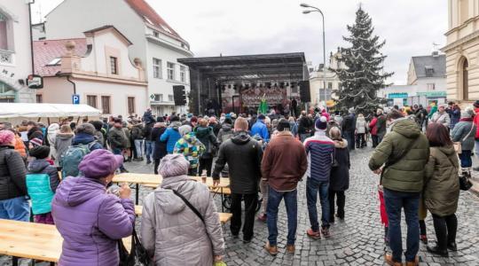 Vánoční jarmark v Mnichově Hradišti bude 11. prosince, uzávěrka přihlášek pro stánkaře je v půlce listopadu. Foto: město